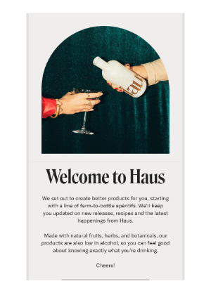 Welcome email example including social CTAs